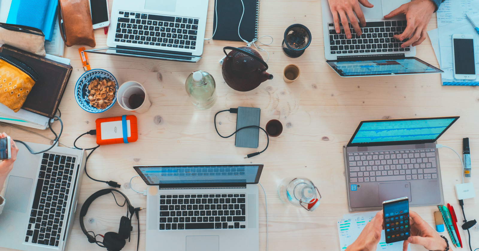 10 Essential Tools to Start Your Own Business